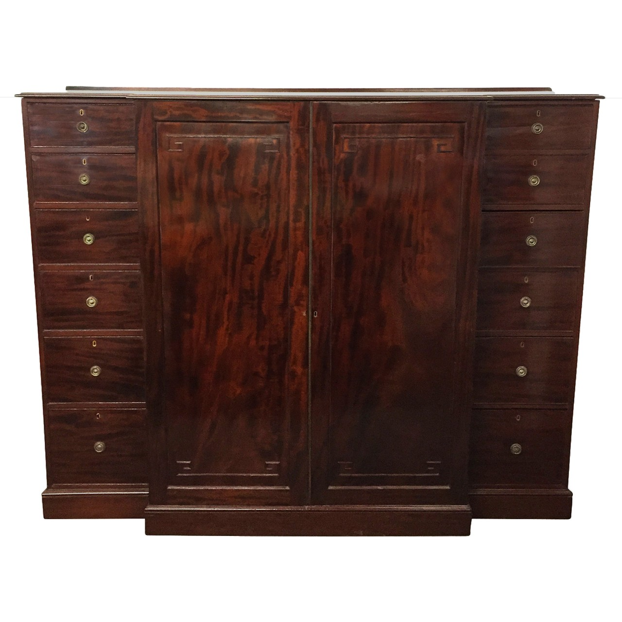 William IV English mahogany breakfront wardrobe. Ca 1840.